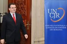 """Pedelistii vrânceni fac """"glume""""cu privire la anunţul ştirii potrivit căreia Marian Oprişan a fost desemnat preşedinte al Uniunii Naţionale a Consiliilor Judeţene din România.    În opinia lor, făcută publică prin intermediul unui comunicat de presă, democrat liberalii din Vrancea, susţin că PSD n-a reuşit în 13 ani de administraţie decât să plaseze judeţul în topul sărăciei, al infracţionalităţii şi subdezvoltării. Suit Jacket, Breast, Suits, Jackets, Mariana, Down Jackets, Suit, Jacket, Wedding Suits"""