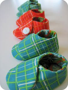 homemade by jill: cutie booties - pattern by Amy Butler