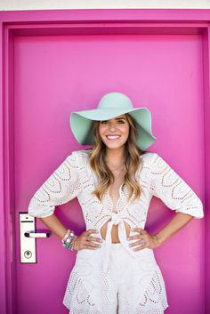 Summer getaway with Gal Meets Glam: http://www.stylemepretty.com/living/2015/05/28/stylish-girls-weekend-getaway-in-palm-springs/ | Photography: Vero Suh - http://verosuh.com/