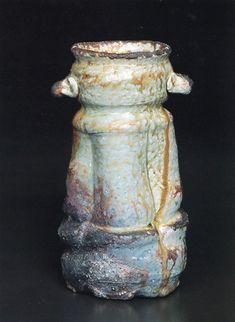 Iga vase, iga hanaire. h.25.5cm, by Shiho Kanzaki