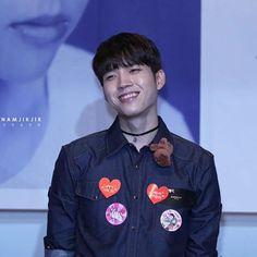 160520 #Woohyun Yongsan Synnara Fansign #NamWooHyun #Write..