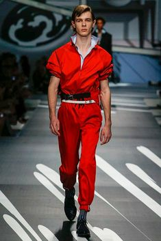 Prada Spring 2018 Menswear Collection Photos - Vogue