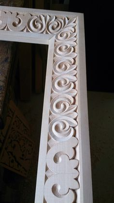 Frame wood carving by Mixalis Bechlivanis