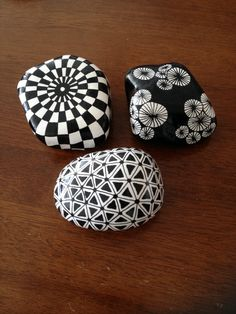 Black and white designs www.metteshobby.dk