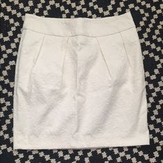 "Cynthia Rowley | White Flowered Skirt | Size:4 Great condition | no stains or wear | true to size | little over mid thigh length on seller (I'm 5'2"") Cynthia Rowley Skirts Midi"