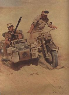 Motorcyclists from the Panzer Division in North Africa German Soldiers Ww2, German Army, Cycle Pictures, Mg34, Afrika Corps, North African Campaign, Erwin Rommel, Germany Ww2, War Photography