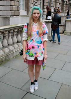 Pin for Later: How to Get the London Look She's Always Willing to Have Fun