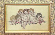 Hobby lavori femminili - ricamo - uncinetto - maglia: schema punto croce  bimbi angeli