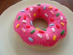 Free Tutorial For Felt Food Doughnuts                                                                                                                                                      More