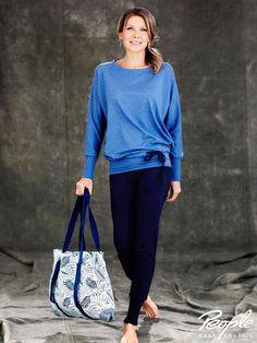 #Yogashirt, #Yogahose und #Yogatasche der #Yoga & Relax Kollektion by Ursula #Karven von #peoplewearorganic