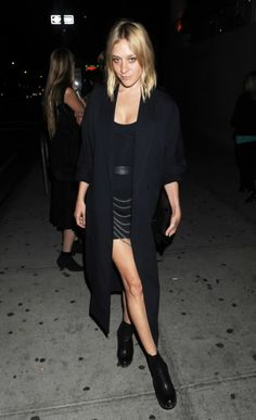 Chloe Sevigny #fashion #chic #style  Collectioneight.com/blog/