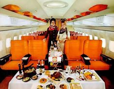 TWA 'Great Cities' Ambassador service was expanded to First Class in early 1971. This was the meal spread that could be expected on long domestic flights on the Boeing 707. Two of the seat covers from TW's vast collection of designs are shown here. Let's not forget the bright orange carpet either! (TW had blue, turquoise, gold and red carpets as well). A total nightmare to clean and maintain, according to my TW contacts.