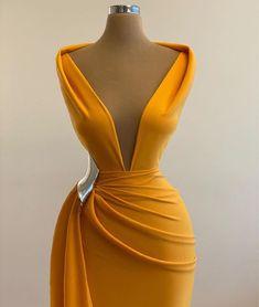 Stunning Dresses, Beautiful Gowns, Elegant Dresses, Pretty Dresses, Sexy Dresses, Formal Dresses, African Fashion Dresses, Fashion Outfits, Gala Dresses