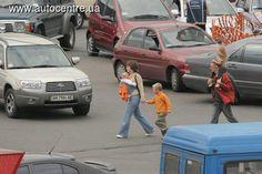 С начала года (за 8 месяцев) на украинских дорогах пострадало около 2 тыс. детей (2036 человек) и свыше 136 несовершеннолетних – погибли.