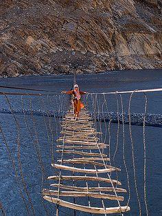 Amazing but scary! A plank suspension bridge across the Hunza River, northern Pakistan. Bhutan, Karakorum Highway, Places Around The World, Around The Worlds, Scary Bridges, Places To Travel, Places To Visit, Rope Bridge, Taj Mahal