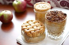 Apple pies in a jar