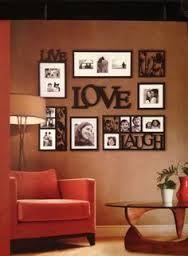 Resultado de imagen para decoracion con fotografias familiares en la pared