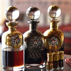 African Tattoo, Amazing Life Hacks, Vintage Perfume Bottles, Perfume Oils, Alcohol Free, Fragrance Oil, Whiskey Bottle, Royal Company, Pure Products