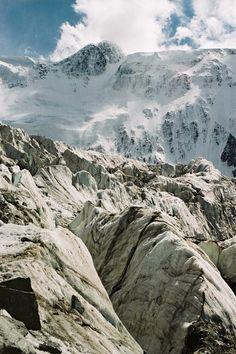 Гора Белуха, начало р. Катунь красотаа)