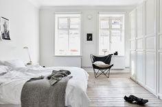 PASSPORT: 32B Scandinavian Apartment Tour, Goteborg, Sweden - Black and White Bedroom