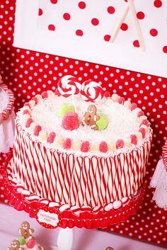 Red and White Candy Christmas Cake #christmas #cake