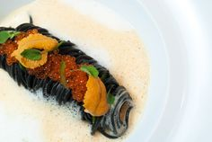 Gotham Bar & Grill Chef Jason Hall – Recipe: Squid Ink Spaghetti, Golden Trout Roe, Chili and Sea Urchin Emulsion Squid Ink Spaghetti, Squid Ink Pasta, Primal Recipes, Gourmet Recipes, Cooking Recipes, Lemon Roasted Potatoes, Bistro Food, Black Food, Sea Urchin