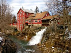 Clifton Mills is located on the Little Miami River in Clifton, OH. The first mill at this site was built in 1802 by Owen Davis, a Revolutionary War soldier and frontiersman miller.