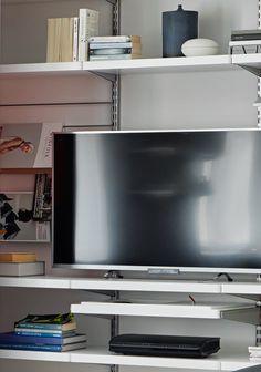Aménagement de salon, rangement télé hifi vidéo