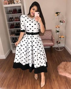 Elegant Dresses Classy, Casual Day Dresses, Lovely Dresses, Classy Dress, Modest Dresses, Beautiful Outfits, Dress Outfits, Classy Work Outfits, Modern Outfits