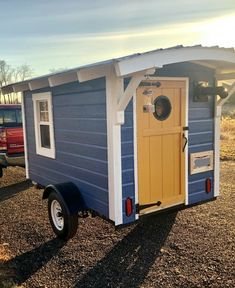 Introducing…The Birdhouse Tiny Trailer! – Camper for Sale in CANTON, Ohio – Tiny House Listings - Valentinstag Ideen Tiny Trailers, Tiny House Trailer, Tiny House Plans, Tiny House On Wheels, Diy Camper Trailer, Small Tiny House, Camping Trailers, Travel Trailers, Tiny Houses For Sale