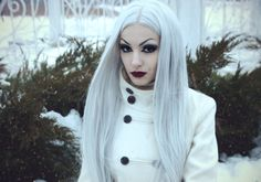 #whitegoth #whitewitch #whitehair #gothic #ElizabethPurewhite #purewhite #goth #whitecybergoth #cybergoth