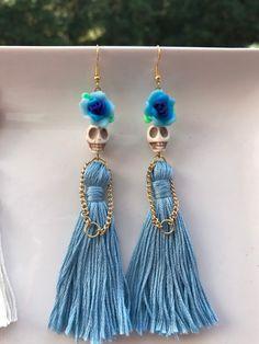 Ocean Blue Crystal Studs, Raw Geode Gem in White, Crystal Prom Earrings, Unique Gemstone Anniversary Jewelry Wife, Earrings for Girlfriend - Fine Jewelry Ideas - 99 Popular Halloween Jewelry Ideas To Makes You Look Stunning - Wire Jewelry, Jewelry Crafts, Beaded Jewelry, Jewelery, Jewelry Ideas, Handmade Jewellery, Diamond Jewelry, Prom Earrings, Skull Earrings