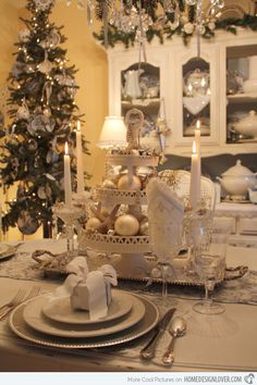 20 Christmas Table Setting Design Ideas | Home Design Lover