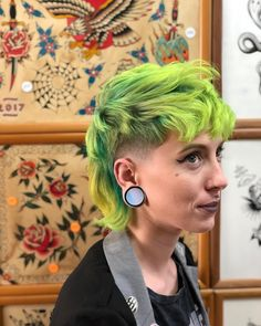 Stunning 40 Green Hair Ideas You are in the right place about punk hair Mullet Haircut, Mullet Hairstyle, Mohawk Mullet, Short Mullet, Curly Mullet, Mullet Fade, Punk Pixie Haircut, Pixie Mohawk, Short Punk Hair