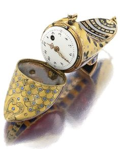 a rare gold and enam Antique Watches, Antique Clocks, Rare Antique, Vintage Watches, Antique Gold, Antique Jewelry, Vintage Jewelry, Ring Watch, Telling Time