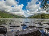La nature sauvage du Parc National de Snowdonia, au Pays de Galles...   #paysdegalles #wales #snowdonia #lake #lac #nationalpark #park #nature #wild #alainntours #voyage #vacances Nature Sauvage, Snowdonia, Parc National, Mountains, Water, Travel, Outdoor, Wales, National Forest