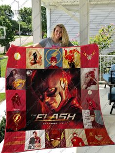 The Flash Quilt Blanket O Flash, The Flash Art, Flash Characters, Flash Funny, The Flash Grant Gustin, 3d Quilts, The Ultimate Gift, Dc Legends Of Tomorrow, Batwoman