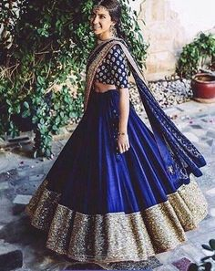 Wearing a blue bridal lehenga for your big day? These blue bridal lehengas will up your glamour quotient. The unique lehenga is in huge demand nowadays. Take cues from these designer lehenga. Indian Lehenga, Lehenga Choli, Red Lehenga, Royal Blue Lehenga, Dress Indian Style, Indian Dresses, Indian Wedding Outfits, Indian Outfits, Bridal Outfits