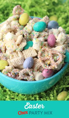 Easter Chex™ Party Mix - Easter Chex™ Party Mix Who needs eggs when Easter Chex™ Party Mix is on the table? Whip up the springtime version of our famous Christmas mix for your Easter celebrations! Easter Snacks, Easter Treats, Easter Recipes, Dessert Recipes, Easter Food, Easter Baking Ideas, Easy Easter Desserts, Easter Appetizers, Kid Desserts