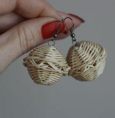 Ozdobné baňky na ouška, rattan weaving earing, decoration, nature, woven