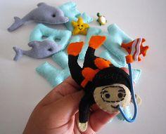 ♥♥♥ Benjamin, o mergulhador... by sweetfelt \ ideias em feltro, via Flickr