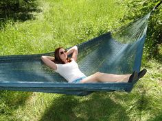 XL Family-sized Thick Cord Mayan Hammocks by Hammock Universe USA Hammock Cover, Hammock Bed, Hammocks, Mayan Hammock, Under The Rain, Double Hammock, Ways To Relax, Weaving Techniques, Merida