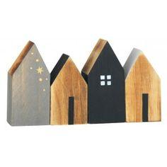 http://www.espritnordik.com/1621-thickbox/maisons-en-bois-set-de-4.jpg