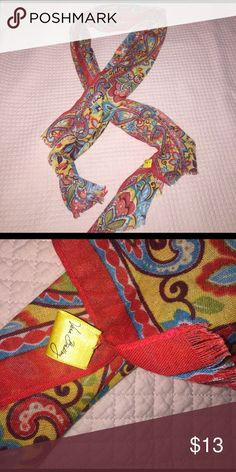 Vera Bradley scarf Very Bradley floral printed fringed scarf! Great condition, tag is starting to come off (as seen in picture two) Vera Bradley Accessories Scarves & Wraps