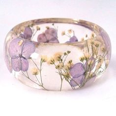 Valentine's Day is right around the corner which means beautiful bouquets of flowers and chocolates. Now we know what happens to the chocolates. they get eate Resin Ring, Resin Jewelry, Diy Jewelry, Jewelry Making, Resin Crafts, Resin Art, Bangle Bracelets, Bangles, Resin Bracelet