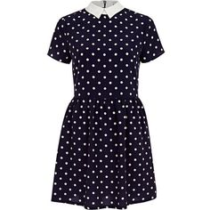 River Island Navy polka dot tea dress ($21) ❤ liked on Polyvore featuring dresses, river island, vestidos, sale, blue dot dress, blue polka dot dress, zipper dress and navy short sleeve dress