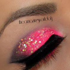 Extreme Pink & Glitter #eyes #makeup