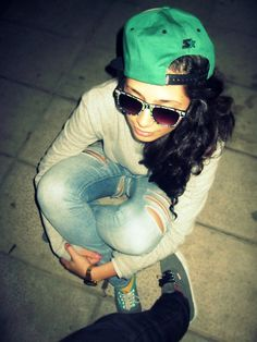Green snapback, the color of spring<3 http://www.wonderfulsnapbackswholesale.com/