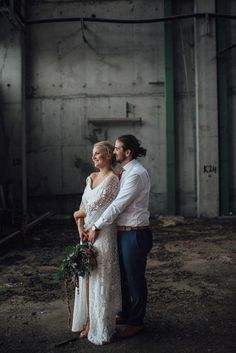 This Norway wedding had an intimate and grounded feel that'll leave you with hearts in your eyes | Image by The Shannons  #boho #bohemian #industrial #wedding #weddinginspo #weddinginspiration #bohowedding #bohemianwedding #industrialwedding #fall #fallwedding #cutecouple #coupleportrait #weddingportrait #groom #bride #groominspiration #bridalinspiration #groomstyle #bridalstyle