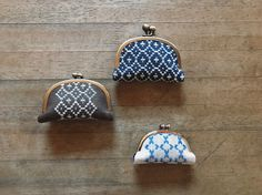 chiho yoneyama coginworks – 布博 in 東京 Cute Coin Purse, Frame Purse, Japanese Embroidery, Sewing Box, Fabric Bags, Cross Stitch Embroidery, Needlework, Weaving, Wallet